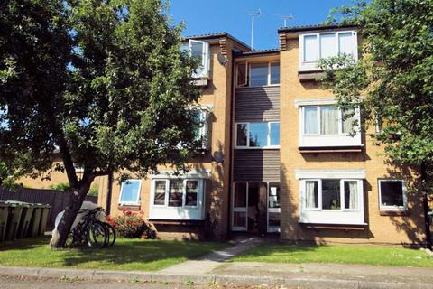 1 bedroom flat to rent - Fairview GL52 2LE