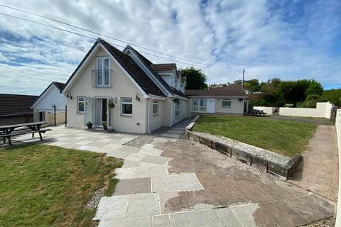 6 bedroom detached bungalow for sale - Withleigh