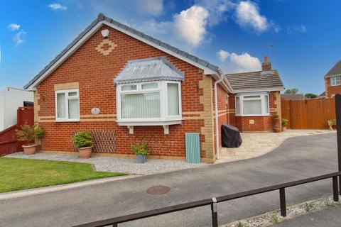 3 bedroom detached bungalow for sale - Orchard Way, Skirlaugh