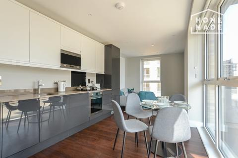 1 bedroom flat to rent - Greenview Court, Southall, UB2