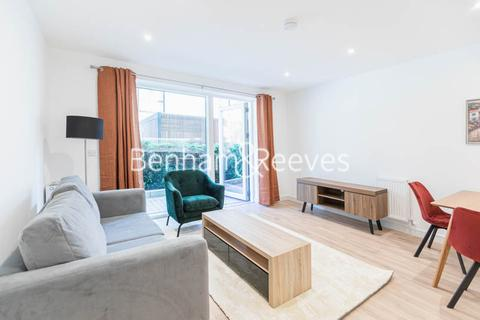 1 bedroom apartment to rent - Accolade Avenue,Southall,UB1
