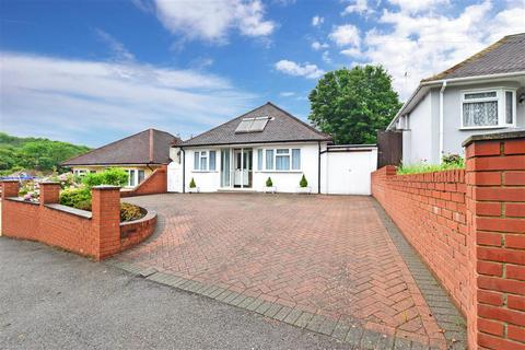 3 bedroom detached bungalow for sale - Whitefield Avenue, Purley, Surrey