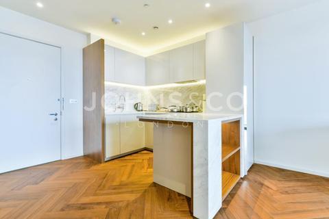 1 bedroom apartment to rent - Ambassador Building, Embassy Gardens, London, SW11