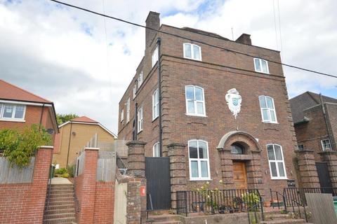 1 bedroom flat for sale - Station Road, Pulborough, RH20