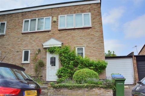 2 bedroom semi-detached house to rent - Eastcombe Avenue, Charlton, London, SE7