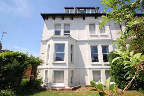 2 bedroom apartment for sale - Church Road, Cheltenham