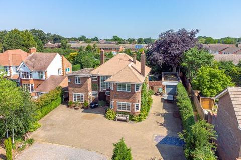 5 bedroom detached house for sale - Fulbridge Road, Peterborough, PE4 6SP