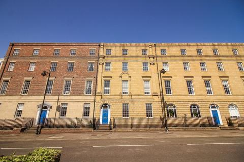 2 bedroom flat for sale - Collingwood Mansions, North Shields
