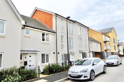 3 bedroom terraced house to rent - Hitchings Leaze, Patchway, Bristol