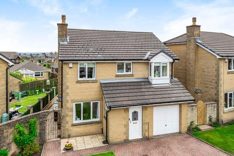 4 bedroom detached house for sale - Fortis Way, Huddersfield HD3 3WW