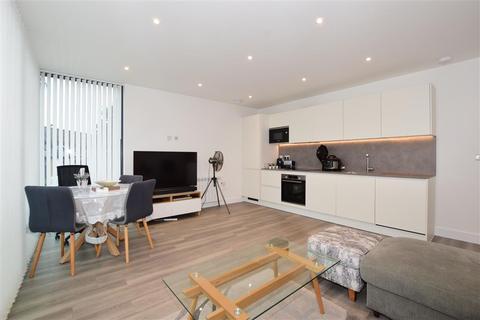 2 bedroom apartment for sale - Station Approach, Belmont, Sutton, Surrey