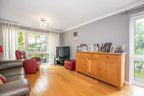 2 bedroom apartment for sale - Gresley Court, Potters Bar, EN6