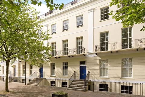 3 bedroom apartment for sale - The Broad Walk, Imperial Square, Cheltenham, Gloucestershire, GL50
