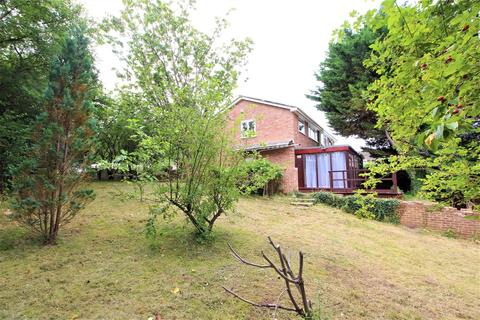 3 bedroom semi-detached house for sale - Primrose Close, Purley On Thames, Reading