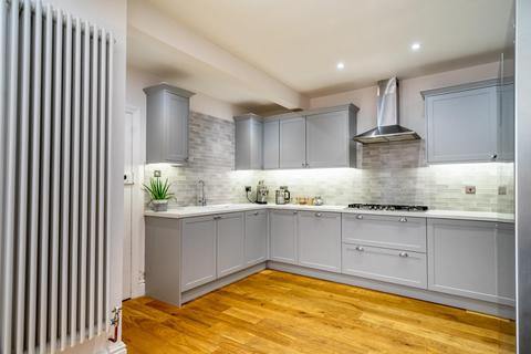 3 bedroom semi-detached house for sale - Hull Road, York