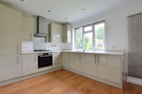 3 bedroom apartment to rent - Lock Chase, Blackheath, London, SE3