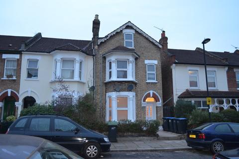 3 bedroom flat to rent - Marlborough Road, Wood Green