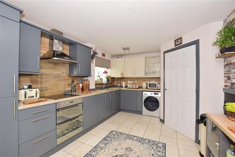 3 bedroom detached house for sale - Charlock Drive, Minster On Sea, Sheerness, Kent