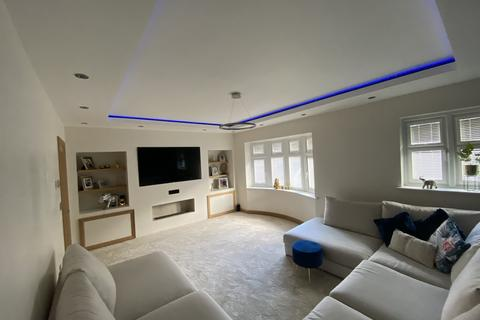 3 bedroom detached house for sale - Market Street, Alfreton, Derbyshire, DE55