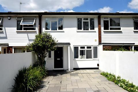 5 bedroom terraced house for sale - The Grange, Blakes Lane, KT3