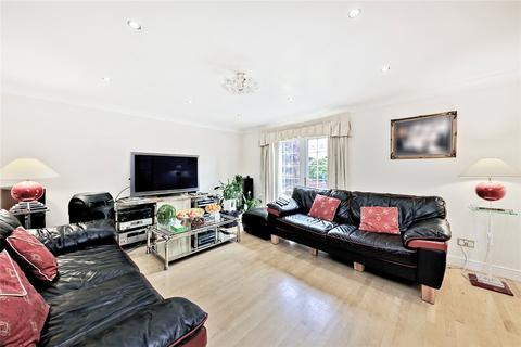 4 bedroom detached house for sale - Coates Avenue, London