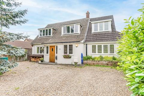 4 bedroom detached house to rent - Netherfield Lane, Stanstead Abbotts