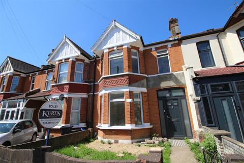 3 bedroom terraced house to rent - Charlbury Gardens, Ilford