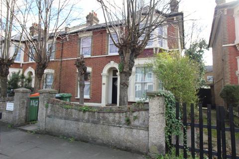 2 bedroom ground floor flat to rent - Windsor Road, Forest Gate, London
