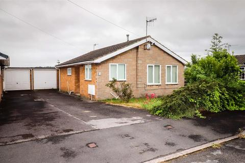 2 bedroom detached bungalow for sale - St. Philips Drive, Hasland, Chesterfield
