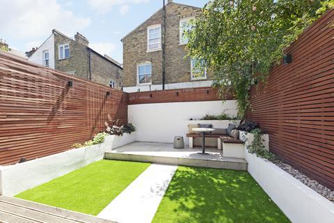 3 bedroom flat for sale - Comyn Road, Battersea SW11