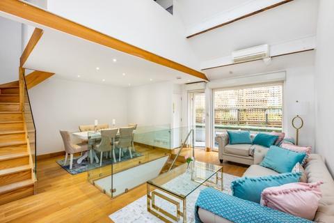 2 bedroom mews to rent - Ovington Mews Knighstbridge SW3