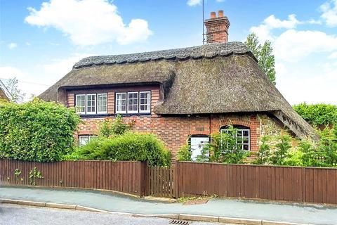 2 bedroom detached house for sale - Arundel Road, Angmering, West Sussex, BN16