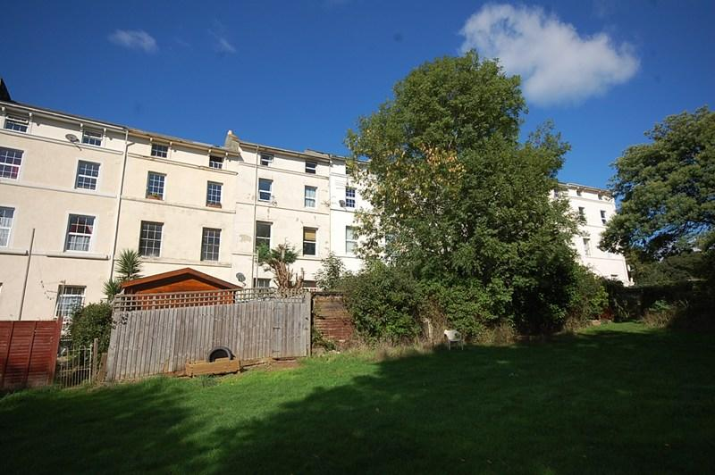 2 Bedrooms Flat for sale in Barnpark Terrace, Teignmouth