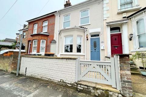 3 bedroom terraced house to rent - Victoria Street, Dunstable