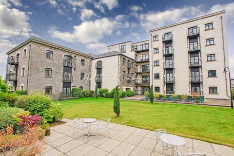 2 bedroom apartment for sale - Lloyd George Avenue, Cardiff