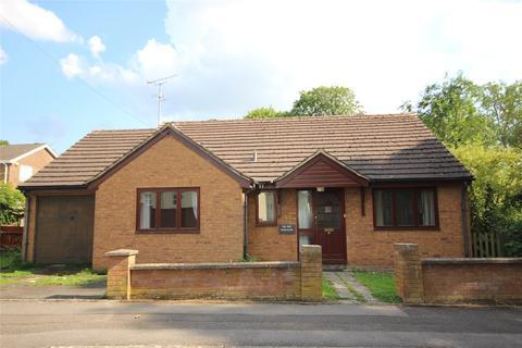 3 bedroom bungalow for sale - Merestones Road, The Park, Cheltenham, Gloucestershire, GL50