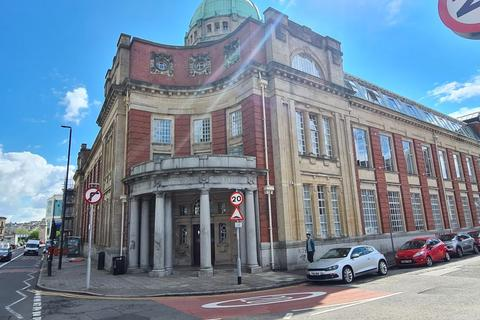 1 bedroom apartment for sale - Old Arts College, Clarence Place, Newport, NP19 0LY