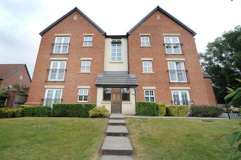 2 bedroom apartment to rent - 71 Fairhills Road, Irlam M44 6BA