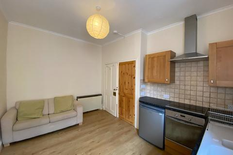 1 bedroom flat to rent - Drumdryan Street, Tollcross, Edinburgh, EH3