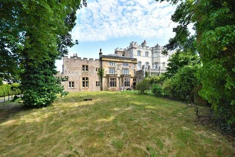 4 bedroom end of terrace house for sale - Holly Tree House, The Village, Castle Eden, County Durham, TS27 4SL