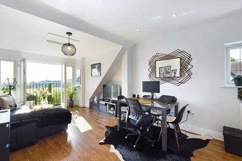 1 bedroom penthouse for sale - The Firs, Whitchurch