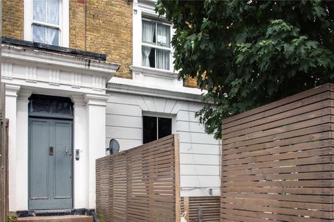 3 bedroom flat for sale - Amhurst Road, Hackney, London, E8