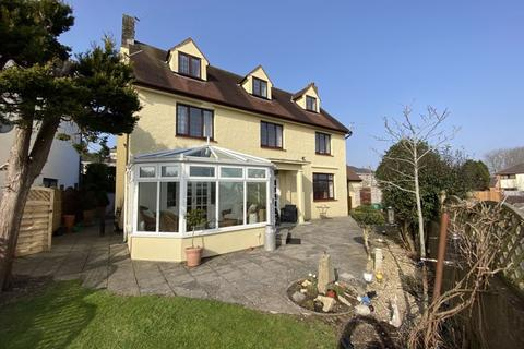 5 bedroom detached house for sale - 9 Parkfields Road, Bridgend CF31 4BH