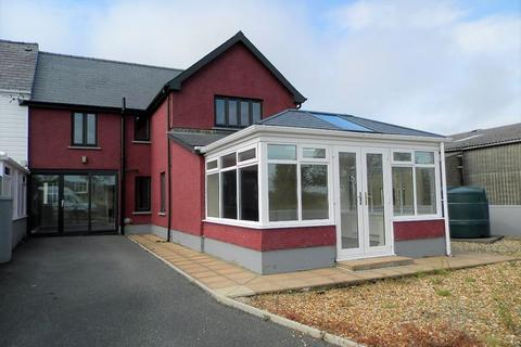 3 bedroom semi-detached house for sale - Station Road, Crymych