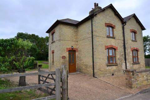 3 bedroom semi-detached house to rent - Therfield, Nr Royston, Hertfordshire.