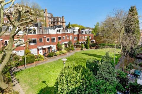 4 bedroom house for sale - Vane Close, Hampstead Village, NW3