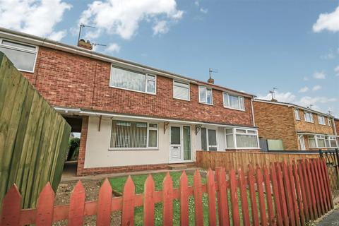 3 bedroom terraced house for sale - Cotterdale, Sutton Park, Hull