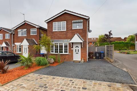 3 bedroom detached house for sale - Laurel Crescent, Werrington, Stoke-on-Trent, ST9