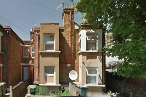 3 bedroom flat to rent - Lansdown Road, Forest Gate E7