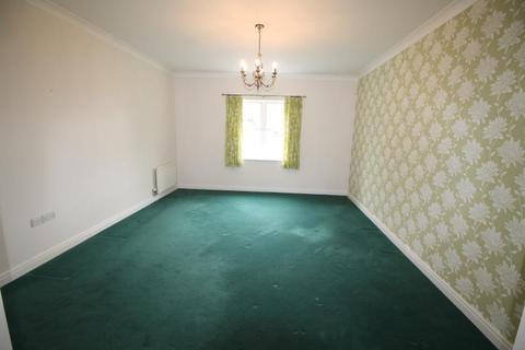 2 bedroom apartment to rent - Scholars Court, Adademy Fields, Gidea Park , RM2